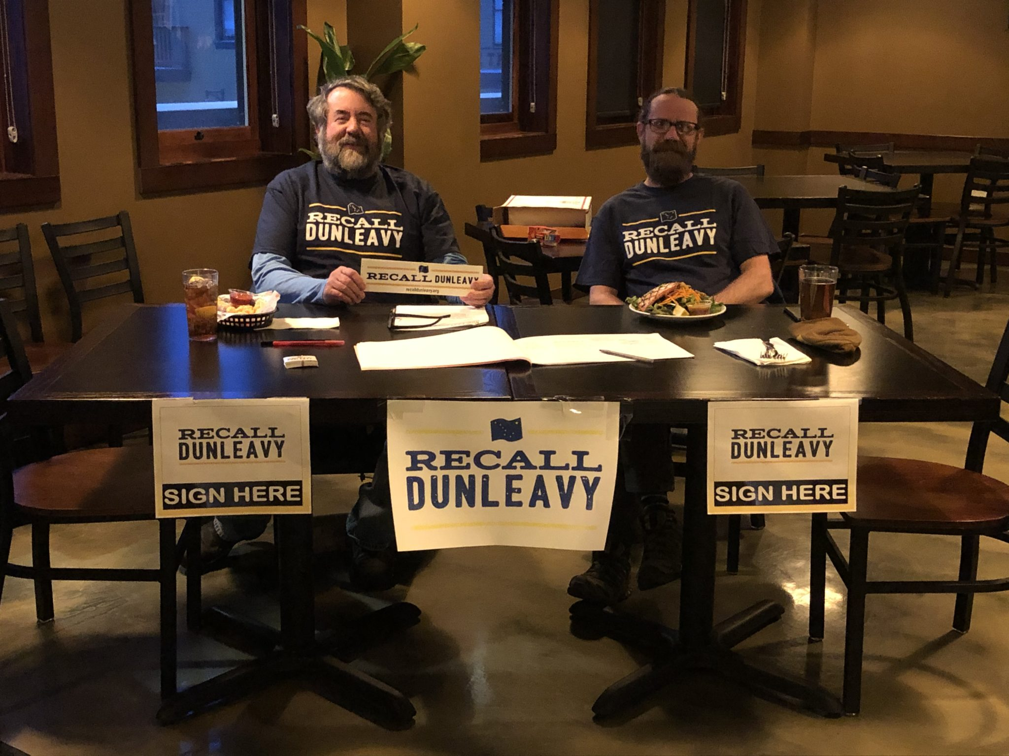Recall Dunleavy campaign switches to mail-in signatures amid COVID-19