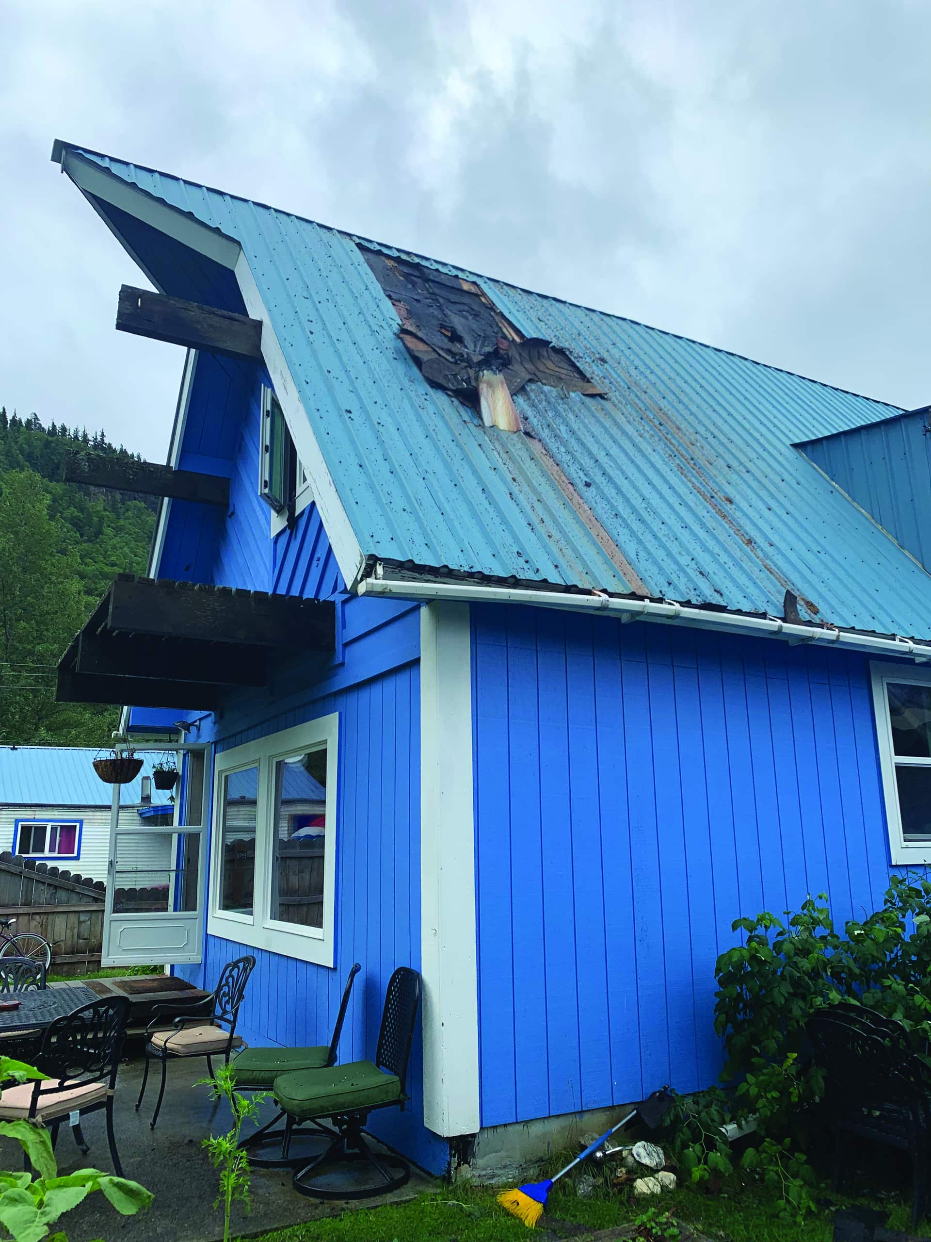 Fire displaces Skagway family, community rushes in to help